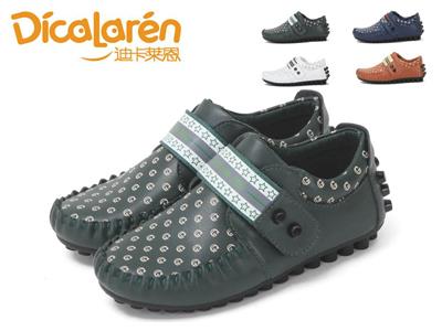 迪卡莱恩2013秋季新款铆钉男童豆豆鞋 时尚字母单鞋
