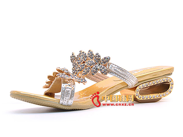 淘易铺银白色镶钻女士必备夏季凉鞋87957