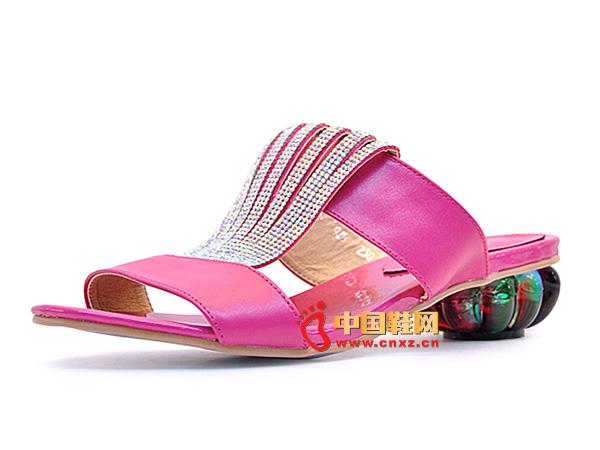 淘易铺玫红色镶钻防滑夏季女士必备凉鞋95715