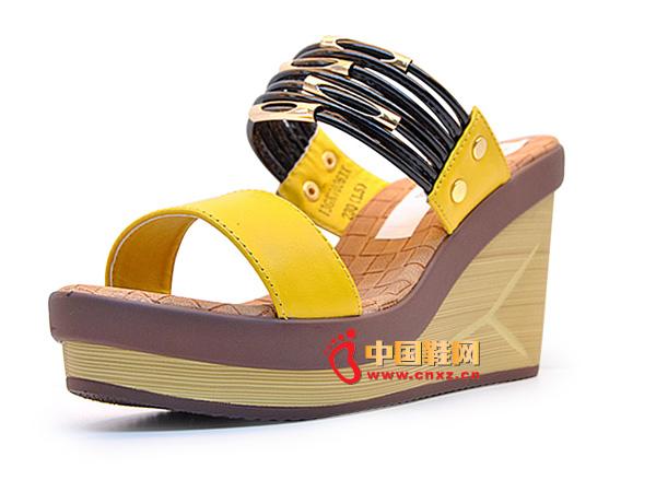 淘易铺黄色气质舒适厚底女士凉鞋C0251-1