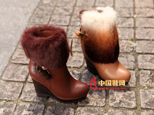 sevenkangaroo(斯凯瑞)棕色兔毛坡跟女士短靴5354