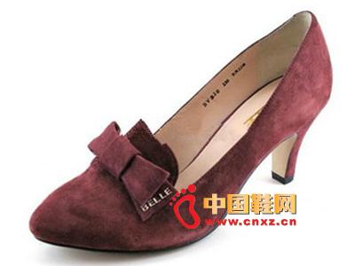 春季时尚女鞋,新款时尚百搭酒红色尖头蝴蝶结高跟女单鞋
