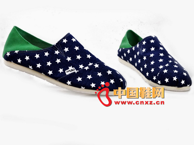 尼尼可可2013新款休闲点点拼色布鞋上市 多色