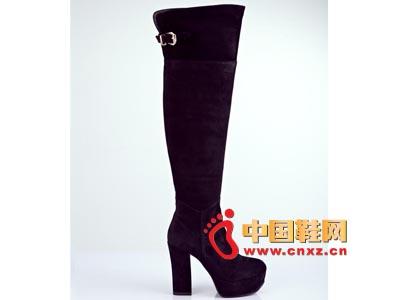 街梯新款时尚女鞋 防水台高跟长靴