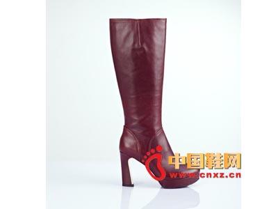 街梯新款时尚女鞋 高跟皮靴