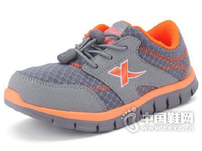 特步童鞋2015春夏新款上市