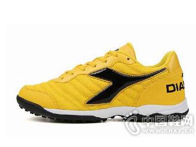迪亚多纳2015新款足球鞋