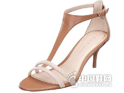 玖熙2015新款凉鞋产品