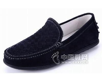 威戈2015新款休闲鞋产品