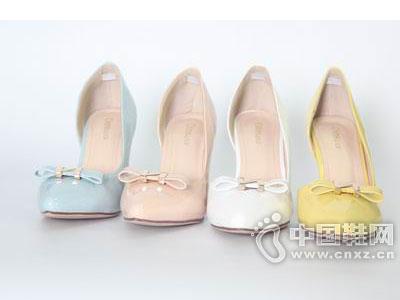 迪尼莎2015新款时装鞋