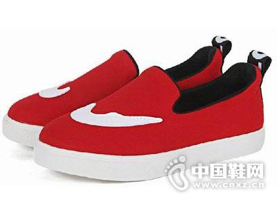 迪卡莱恩2015童鞋新款产品