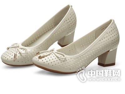曼仙妮2015春夏新款女鞋圆头粗跟浅口镂空单鞋瓢鞋休闲夏季女单鞋