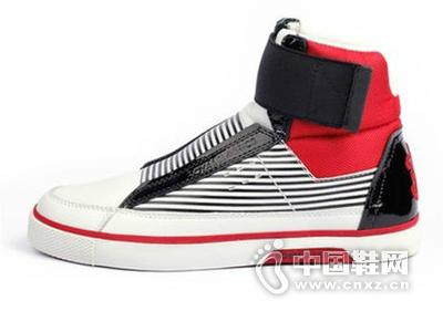 皇家橡皮筋RoyalElastics 休闲时尚牛皮高帮耐磨潮流男鞋板鞋