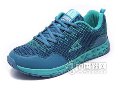 飙山狼运动鞋新款产品