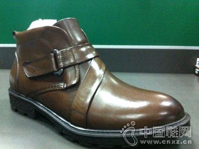 户外捍马皮鞋新款产品