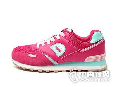德尔惠运动鞋2016新款产品