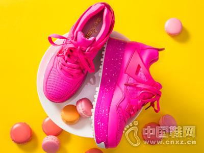 依思Q女鞋2016新款产品