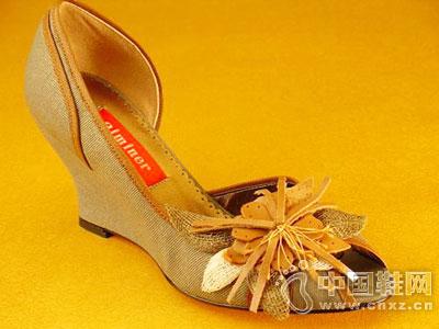 艾民儿女鞋新款产品