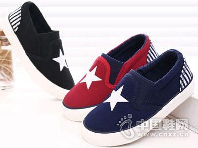 蜡笔神童童鞋新款产品