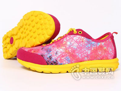 康威运动鞋2016新款产品