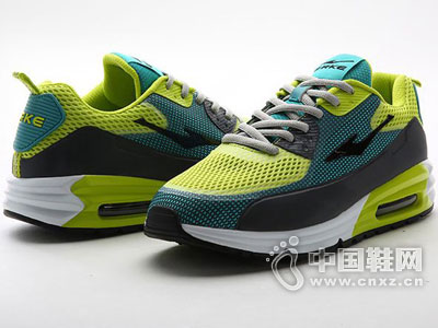 鸿星尔克运动鞋2016新款跑鞋