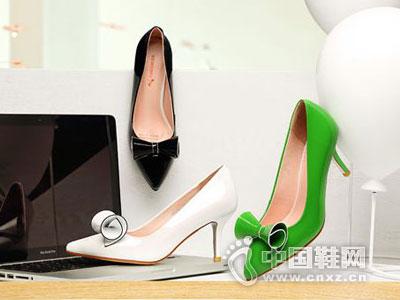 红蜻蜓女鞋2016新款产品