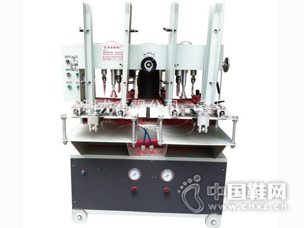 鑫利龙全自动钻孔机