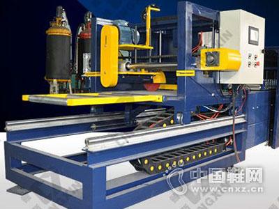 领新机械――复合板生产线