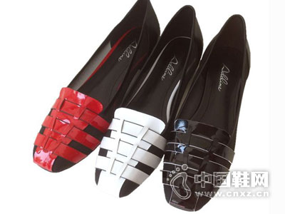 阿迪丽娜女鞋2016新款产品