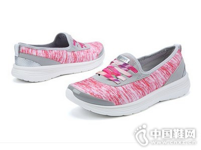 Bzees2016新款低跟豆豆鞋