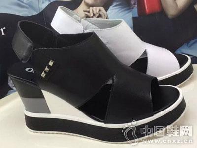 欧米高时尚女鞋新款坡跟凉鞋