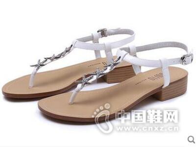 DUSTO/大东2016夏季新款休闲低跟方跟时尚夹趾女鞋凉鞋