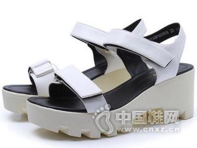 DUSTO/大东2016夏季新款韩版高跟粗跟露趾时尚女鞋凉鞋