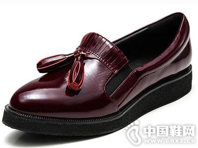 接吻猫女鞋2016秋季新款产品