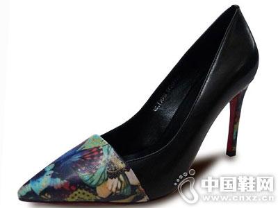 潘格拉女鞋新款凉鞋产品