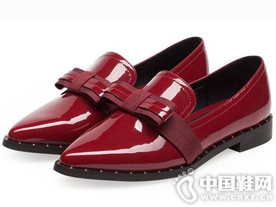依思Q女鞋2016秋季新款中跟单鞋