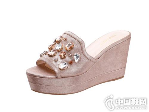 2018Nine West玖熙坡跟凉拖鞋新款产品