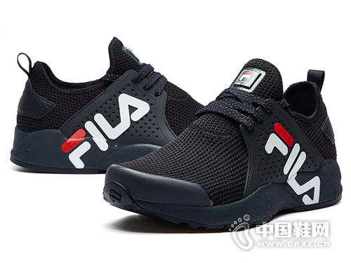 2018斐乐运动鞋新款跑鞋产品