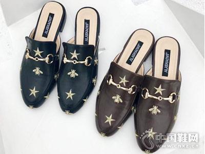 世尊2018女鞋新款产品