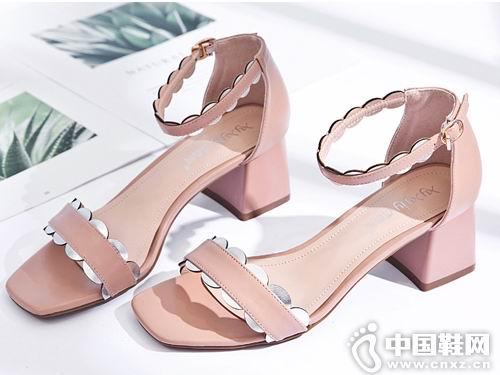 2018香香莉女鞋新款小粗跟凉鞋