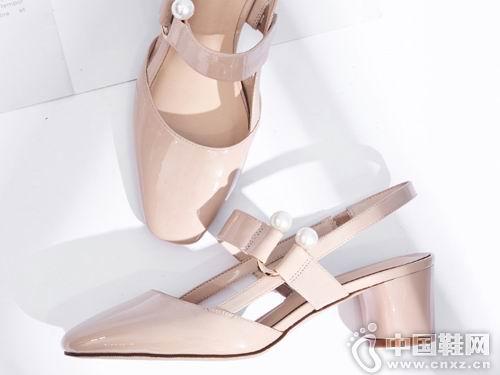 2018香香莉女鞋新款小粗跟后空单鞋