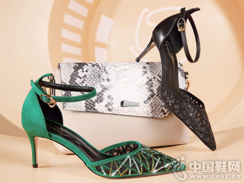 圣恩熙女鞋2018新款中空高跟凉鞋