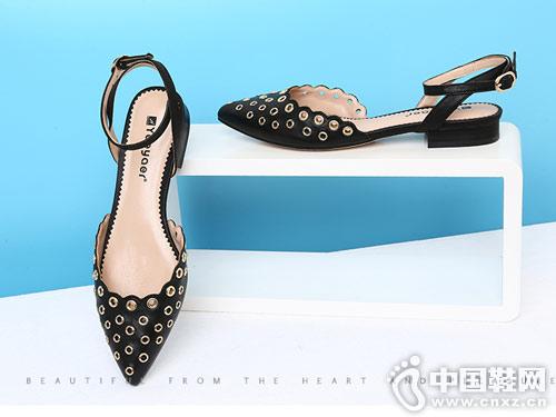 月芽儿女鞋2018新款后空单鞋
