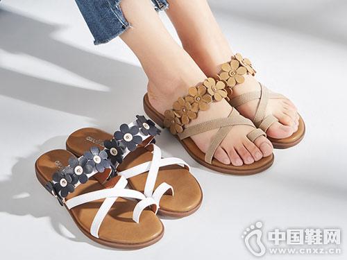 依思Q女鞋2018夏季新款休闲凉拖
