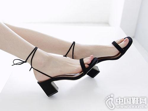 伟森女鞋2018新款细条凉鞋