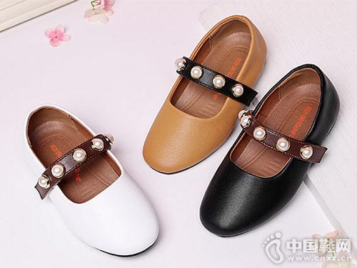 红蜻蜓童鞋2018新款女童皮鞋