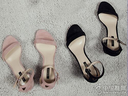 爱米高女鞋2018新款中跟凉鞋