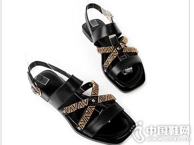 丝迪芬妮女鞋2018新款平跟凉鞋