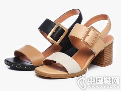 拔佳BATA女鞋2018新款中跟凉鞋