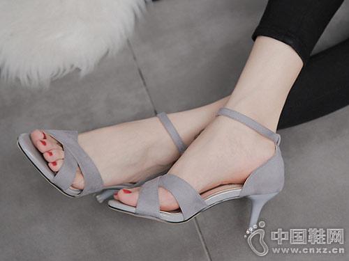 红砂女鞋2018新款高跟凉鞋